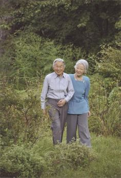 royalwatcher: A new photo of Emperor Akihito and Empress Michiko was released on October 20, 2014, by the Japanese Imperial Court to mark the 80th birthday of Michiko (b. October 20, 1934). The photo was taken on September 9, 2014, in the palace grounds of the Imperial Palace's garden.