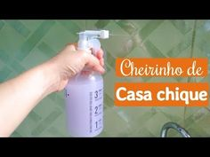Mega Clareador instantâneo de Roupas em 1 minuto - YouTube Downy, Cleaning Solutions, Home Hacks, Spray Bottle, Clean House, Cleaning Supplies, Minions, Sweet Home, Personal Care