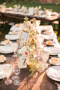 #Tablescape #inspiration for this #winery #private #estate #wedding.  Rentals by @venturarental Flowers by #oakandbarrel Photo by: AnnaJPhoto