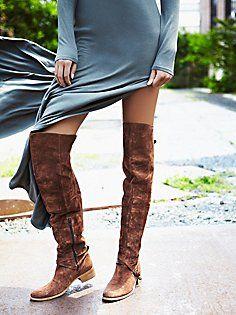 Diane kruger stilettos flats boots flip flops for Schuhschrank jimmy