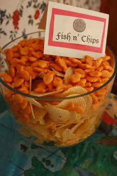 Fish and chips - Chronicles of a Knaptime Knitter: Ahoy Mateys! A Jake and the Neverland Pirates Party Pirate Birthday, 2nd Birthday Parties, Boy Birthday, Birthday Ideas, Pirate Theme, Mermaid Birthday Party Ideas, Planes Birthday, Kid Parties, Mafia Party
