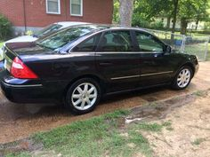2005 Ford Five Hundred Limited Edition. ???K. $2300 - 8/2/16.    674-5139