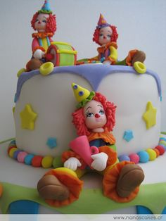 Amazing decorative cake Clown Circus Birthday Cake Tips Kids