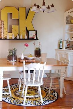 45 Ideas To Decorate You Interior With Letters  I love huge letters. I think they are wonderful. I wouldn't pick this color for my dream apartment, but I think it looks great in that room!