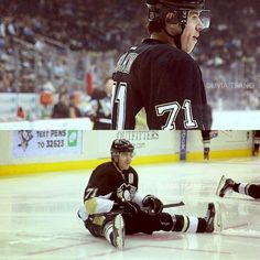 Evgeni Malkin - he's so adorable! Winter Olympic Games, Winter Olympics, Ted Lindsay, Evgeni Malkin, Whiskers On Kittens, Stanley Cup Finals, Pittsburgh Penguins Hockey, National Hockey League