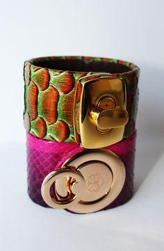 Jewelry, Handmade leather Bracelet by Beatriz Perla.