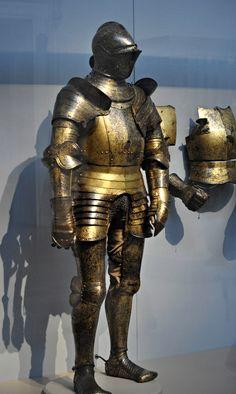 Armor All, Suit Of Armor, Arm Armor, Medieval Knight, Medieval Armor, Medieval Fantasy, Knight In Shining Armor, Knight Armor, Gold Armor
