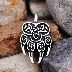 $4.73 for one piece.Cheap amulets and talismans, Buy Quality pagan jewelry directly from China pendant amulet Suppliers: Slavic Double Kolovrat Pendant Gorjuss Svetoch Amulets and Talismans Viking Jewelry Necklace 1pcUSD 3.67/pieceSlavic Kol
