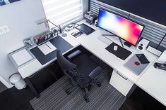DIY Computer Desk Ideas for Making Your Home Office More.- DIY Computer Desk Ideas for Making Your Home Office More Gorgeous Beautiful, minimal desks and workstations – 9 - Home Office Setup, Office Workspace, Home Office Design, House Design, Office Chairs, Web Design, Office Designs, Office Table, Studio Design