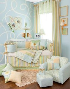 Perfect daybed idea for a little boys room