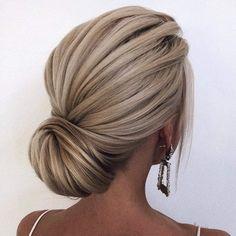 😍 … stunning hair by ・・・ hochzeitsfrisuren photo 2019 🌞🌞🌞 Happy Stunning Hair Saturday! 😍 … stunning hair by ・・・ hochzeitsfrisuren photo 2019 Bridal Hair Updo, Wedding Hair And Makeup, Chignon Wedding, Blonde Bridal Hair, Wedding Upstyles, Blonde Updo, Bride Hairstyles, Pretty Hairstyles, Medium Updo Hairstyles