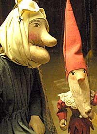 The Rise Loutek company (Czech Republic) created these puppets. I love the old woman especially.