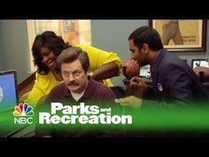 Parks and Recreation - Parks and Recreation's Season 6 Bloopers (Digital Exclusive)