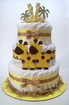How to Make Baby Diaper Cake Twin Diaper Cake, Nappy Cakes, Baby Shower Crafts, Baby Shower Parties, Shower Gifts, Cakes Originales, Bebe Shower, Baby Shower Giraffe, Baby Shower Diapers