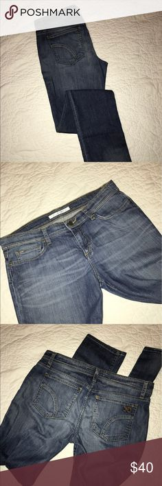 Joe's Jeans Cigarette fit EUC, minor wear to the hems as shown in picture. Kimmy wash. Very soft and comfortable. Laying flat, measurements are waist 16 1/2 inches, rise almost 9 inches, inseam 33 inches. Joe's Jeans Jeans Skinny