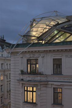 Rooftop Remodelling Falkestrasse - #Vienna, #Austria, 1983/1987–8 - Vienna, Austria - 1983 - Wolf D Prix repinned by #smgtreppen