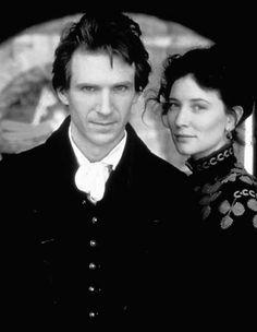 """Ralph Fiennes y Cate Blanchett en """"Óscar y Lucinda"""" (Oscar and Lucinda), 1997"""