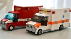 American Ambulance :: My LEGO creations. An American-style ambulance crammed full of details and functionality. Lego City Fire Truck, Lego Truck, Fire Trucks, Lego Ambulance, American Ambulance, Lego Police, Lego Military, Military Vehicles, Lego Hospital