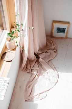 Dreamy spaces #pink #interior #homedecor