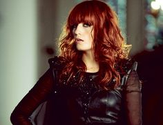 Florence Welch's hair is almost as great as her music. Love her (and her machine, too)