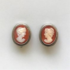 Silver & Gold Shell Cameo Clip-on Earrings Vintage Jewellery, Vintage Silver, Clip On Earrings, Shells, Gemstone Rings, Carving, Antiques, Gold, Jewelry