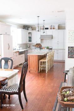 Finding Home Farms - Pretty Farmhouse Kitchen