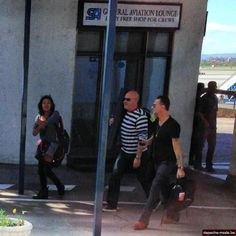 Dave Gahan at the airport - Delta Machine Tour