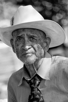 [08_13_2011] Street Photography by Shaun Nelson, via Flickr