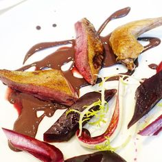 Roasted pigeonbeetrootdamson puree hightlight is the offal sause to go with from #BonhamsRestaurant a Michelin restaurant inside the gallery #Bonhams @bonham1973 . - Price60-90(tasting menu need to request in advance) -  #RestaurantHunt #TheArtOfPlating #foodart #foodgram #foodporn #LondonEats #LondonFoodie #WhereToEat #WhereToEatLondon #instafood #foodiegram #TopLondonRestaurants #LondonRestaurants #FoodHunt #LondonDining  #timeoutlondon #yelpLondon #RestaurantHuntLondon #lefooding…