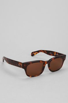 e435897d8a Tortoise   Blonde Quincy Sunglasses - Urban Outfitters