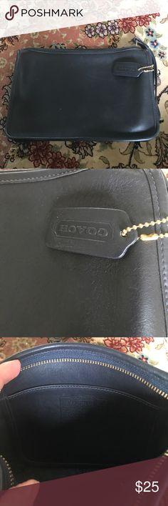 Leather coach clutch Box45FC15DA. Price is firm Coach Bags Clutches & Wristlets