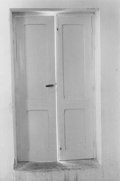 doorway in crete