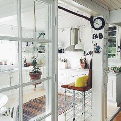 Dividere soggiorno e cucina con una vetrata | porte | Pinterest ...