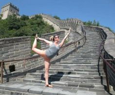 WOW! Check out this The Bar Method Solana Beach client doing her Bar stretch on the Great Wall of China! Incredible! #WhereDoYouBar? #barmethod #exercise #fitness #travel #China