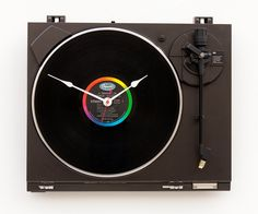 What to do with those old TT 1200's.....Recycled Technics Turntable Clock.