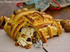 Piept de Pui si Camembert in Crusta ~ My Classic Cuisine Apple Pie, Bread, Cheese, Desserts, Classic, Food, Kitchens, Tailgate Desserts, Derby