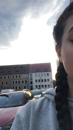 Film Aesthetic, Bad Girl Aesthetic, Cute Hairstyles For Short Hair, Short Hair Styles, Girl Pictures, Girl Photos, Snapchat Girls, Photos Tumblr, Girls Selfies