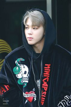 i have a thing for bangtan in hoodies and gdi if jimin doesn't look good in them