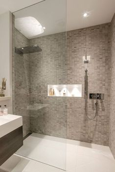 Modern bathroom shower tile walk in shower ideas services modern bathroom Contemporary Shower, Contemporary Bathroom Designs, Modern Bathroom Decor, Bathroom Layout, Basement Bathroom, Bathroom Interior Design, Bathroom Ideas, Shower Ideas, Modern Bathrooms
