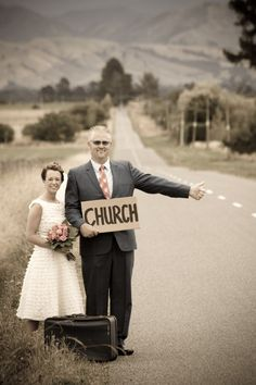 fun picture idea for brides and fathers