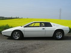 Lotus Esprit. Looked great, but it was a total fail.