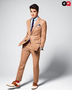 This wedding month of June, GQ magazine hired Glee's Darren Criss to model the summer's hottest looks in wedding fashion. Matthew Morrison, Dianna Agron, Chris Colfer, Lea Michele, Darren Criss, Summer Wedding Suits, Khaki Suits, Men's Suits, Best Dressed Man
