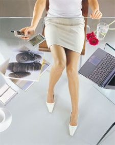 EXERCISES TO DO AT YOUR DESK! Helpful ways to keep fit while at work. www.facebook.com/angelabuckfitness If you're interested in redefining your life to become healthier, email me at redefinewithangela@gmail.com. I would love to help you! #redefine #redefinewithangela #redefined #summer #health #healthy #nutrition #cleaneating #fatburning #cardio #hearthealth #fitness #exercise #workout #fitspo #noexcuses #fitchick #weightloss #fitspiration #motivation #inspiration www.redefinewithangela.com