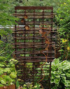 You can braid into rebar. Garden Yard Ideas, Garden Projects, Garden Landscaping, Garden Gates And Fencing, Jardin Decor, Garden Screening, Metal Pergola, Pergola Roof, Garden Trellis