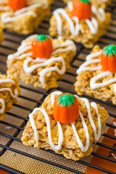 Pumpkin Pie Rice Krispie Treats, made with real pumpkin!