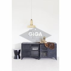 Industrieel tvmeubel zwart met glas