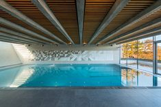 This contemporary pool house offers year round relaxation, with stunning views over Stockholm's archipelago. But creating the perfect indoor environment meant overcoming a few challenges. Architect David Wettergren was looking for a material...