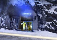 A Pionen Data Center é a maior provedora de internet da Suécia, localizada a 30 metros abaixo do solo em Estocolmo. Ela pode suportar o impacto de uma bomba de hidrogênio.