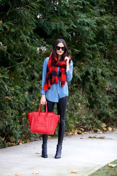 Take a look at 17 red scarf winter outfits that will keep you warm and stylish in the photos below and get ideas for your own outfits! It's possible that I'm just slightly cold at the moment, bu this looks… Continue Reading → Plaid Scarf Outfit, Blanket Scarf Outfit, Red Plaid Scarf, Red Purse Outfit, Red Dress Outfit Casual, Buffalo Plaid Scarf, Fall Winter Outfits, Autumn Winter Fashion, Casual Winter