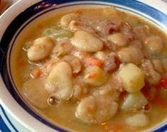 Lima s are one of my favorite beans Might be because my Gram would always make a big pot with ham and she always served them with yummy fried potatoes in an iron skillet this is one of my favorite things to eat on a cold winters eve Lima Beans And Ham, Lima Beans In Crockpot, Lima Bean Soup, Ham And Bean Soup, Bean Soup Recipes, Lima Bean Recipes, Beans Recipes, Recipe For Bean Soup, Gastronomia
